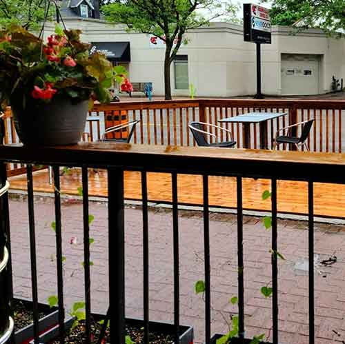 Trio Bistro Lounge patio