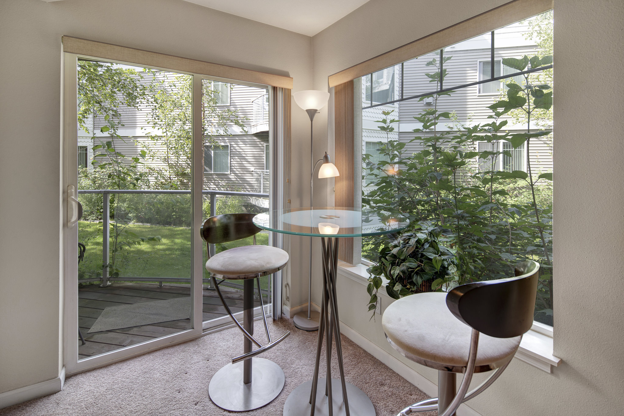 How to Create a Home Office in Your Apartment