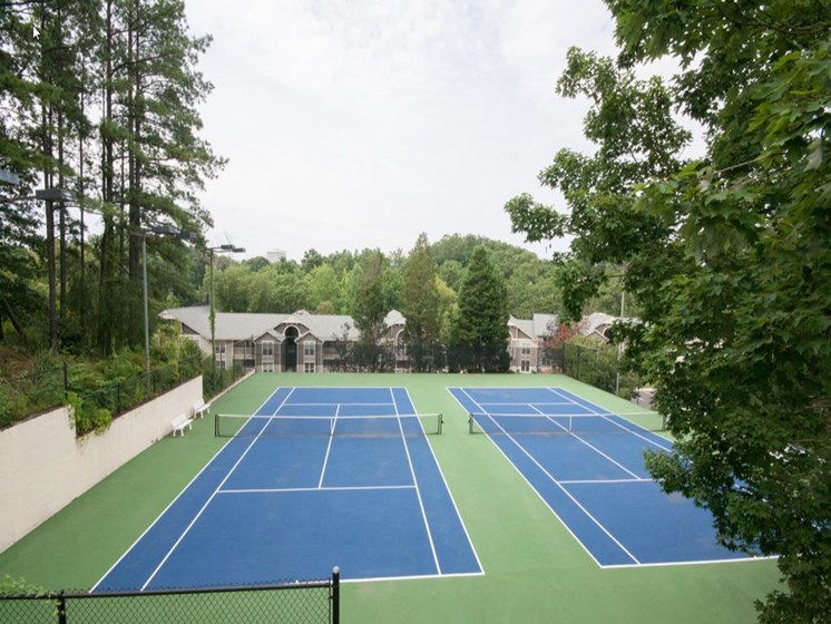 Tennis Court at The Metro Apartments, Atlanta, GA