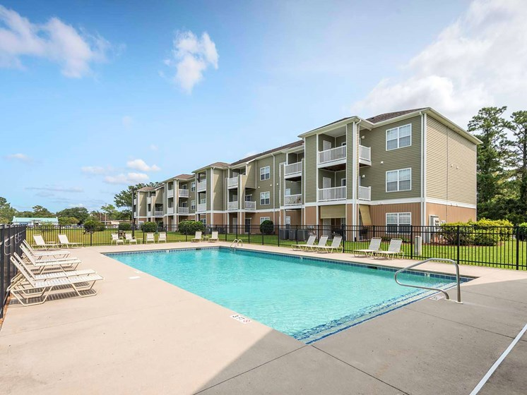 apartments with pool for rent leland nc