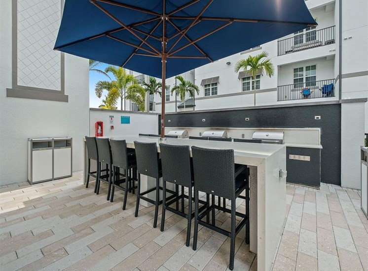 Grilling Stations and Bar Seating at Inspira, Naples