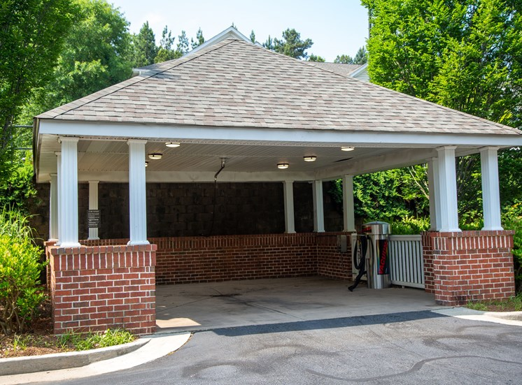 Walton Reserve Apartment Homes Car Care Center