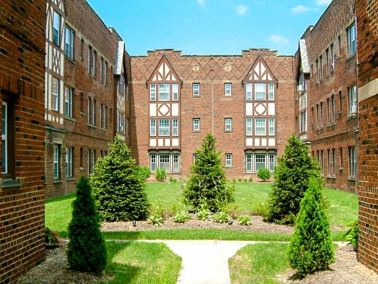 Essex Morley Courtyard