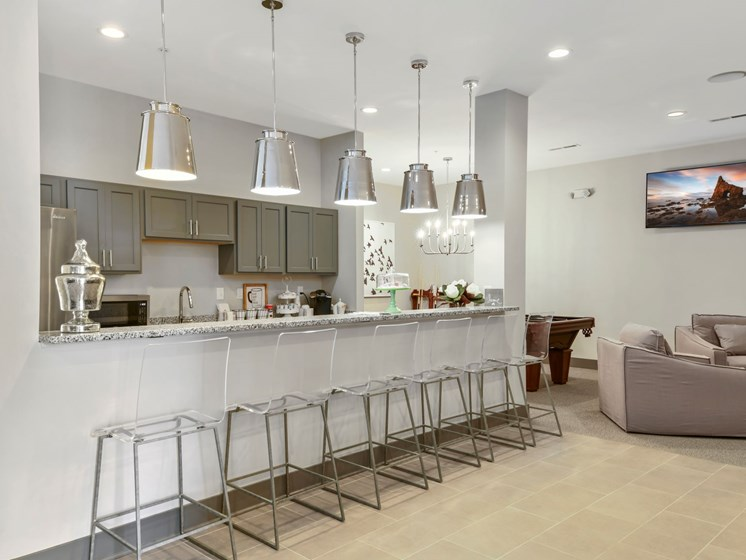 Bar Seating in Clubroom at Austin Place Apartments