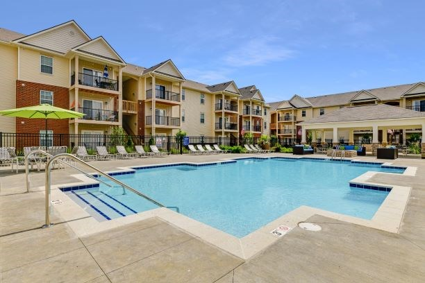 Pool and Sundeck at Austin Place Apartments