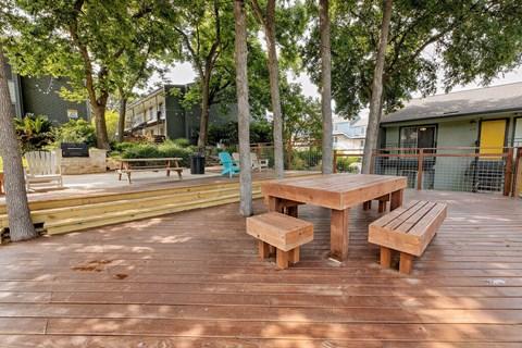 Motif South Lamar Outdoor Lounge Space