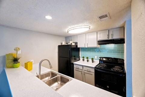 Motif South Lamar Kitchen