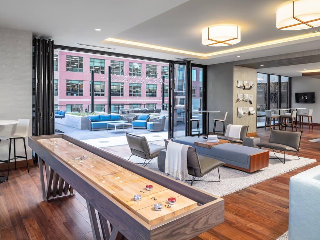 365 Nicollet Indoor & Outdoor Lounge Room