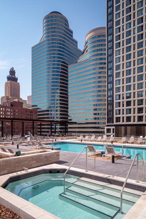 365 Nicollet Pool & Hot Tub