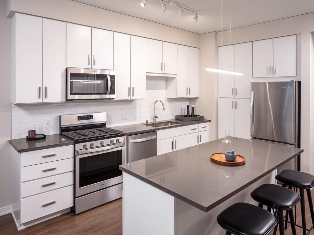 365 Nicollet Furnished Apartment Kitchen