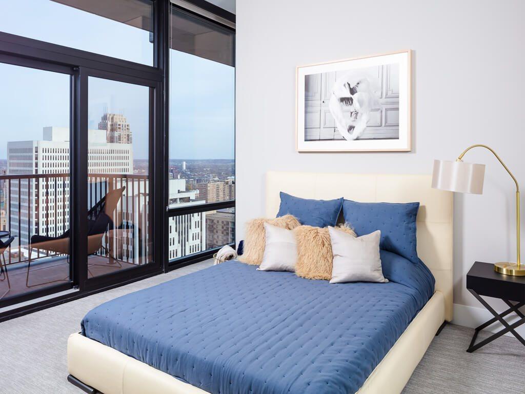 365 Nicollet Furnished Apartment Bedroom