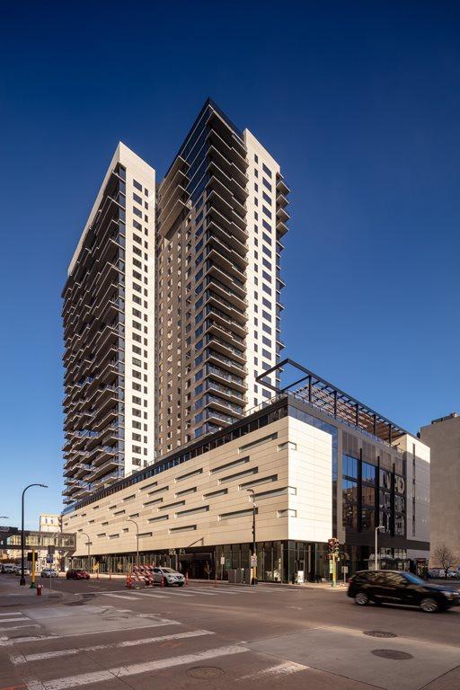 365 Nicollet Apartment Building Exterior View