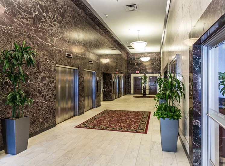 stahlman lobby elevators