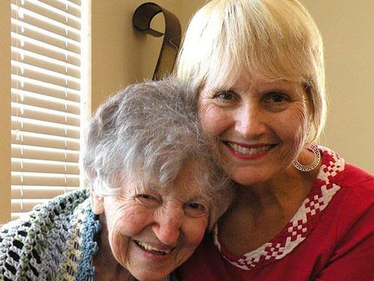 Relishing Senior Life at Savannah Court of Brandon, Brandon, Florida