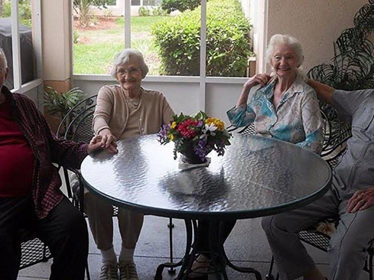 Happy Senior Life at Savannah Court of Brandon, Brandon