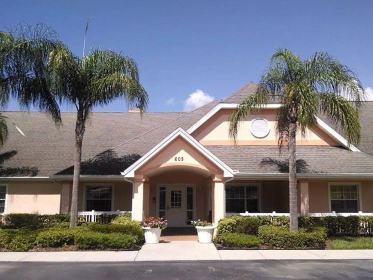 Elegant Exterior View at Savannah Cottage of Lakeland, Lakeland, FL, 33809