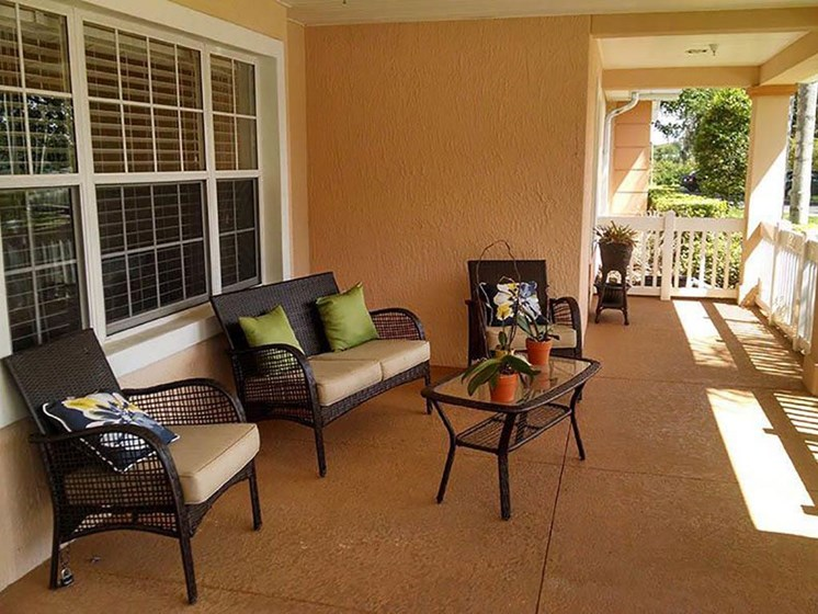 Outdoor Patio Area at Savannah Cottage of Lakeland, Lakeland, 33809