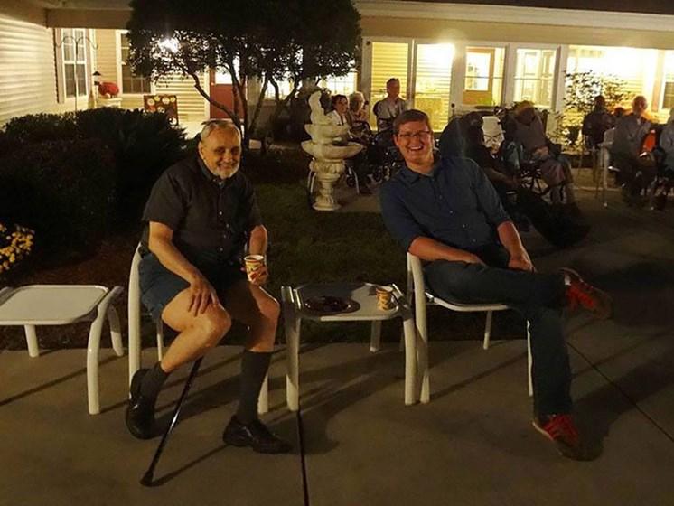 Happy Residents at Savannah Cottage of Lakeland, Lakeland, Florida