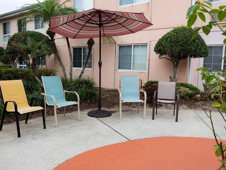 Shaded Lounge Area at Savannah Court of Maitland, Maitland