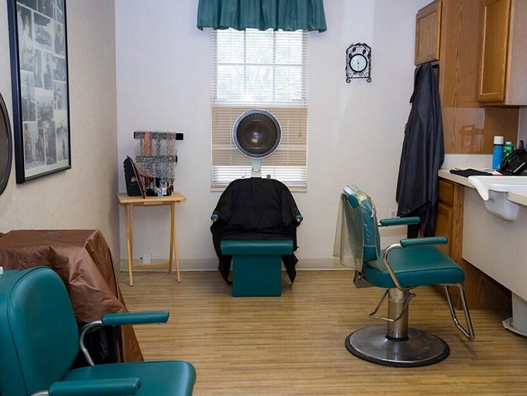 Styling Salon at Savannah Grand of Maitland, Maitland, FL, 32751