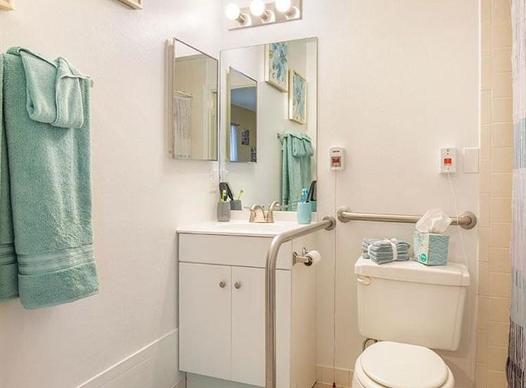 Bathroom With Towel at Sun City Senior Living, Ruskin