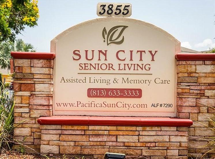 Property Sign at Sun City Senior Living, Ruskin, FL, 33572