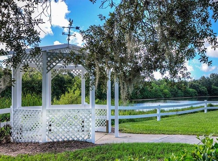 Lake View With Green Area at Sun City Senior Living, Ruskin