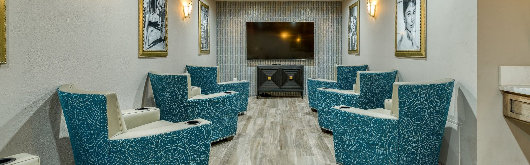Relax and enjoy your retirement at Pacifica Senior Living Alta Vista
