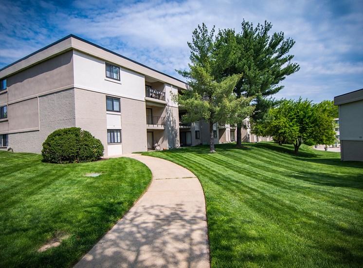 Ashley Apartments Manicured Grounds Photo