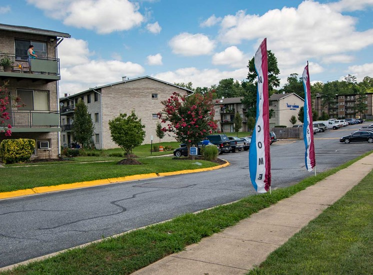 Lilly Garden Apartments Building Flags 14