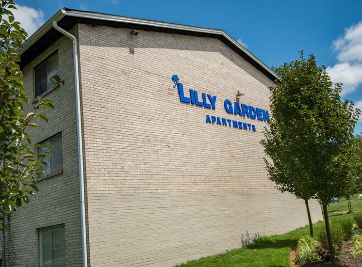 Lilly Garden Apartments Building Exterior 18