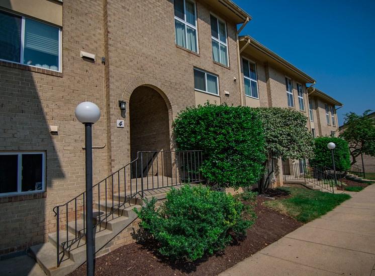 Maplewood Villas Apartments Building Exterior 114
