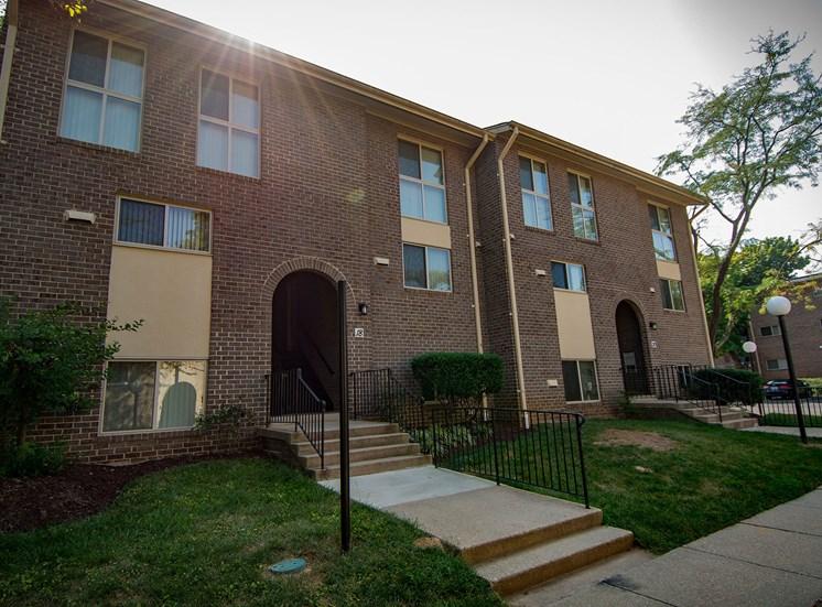 Maplewood Villas Apartments Building Exterior 25