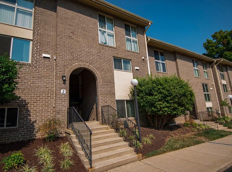 Maplewood Villas Apartments Building Exterior 60