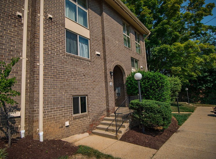 Maplewood Villas Apartments Building Exterior 67