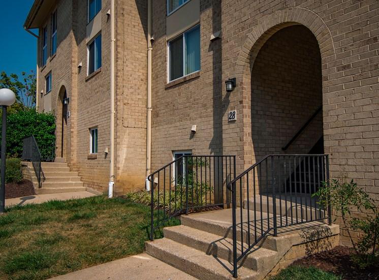 Maplewood Villas Apartments Building Exterior 84