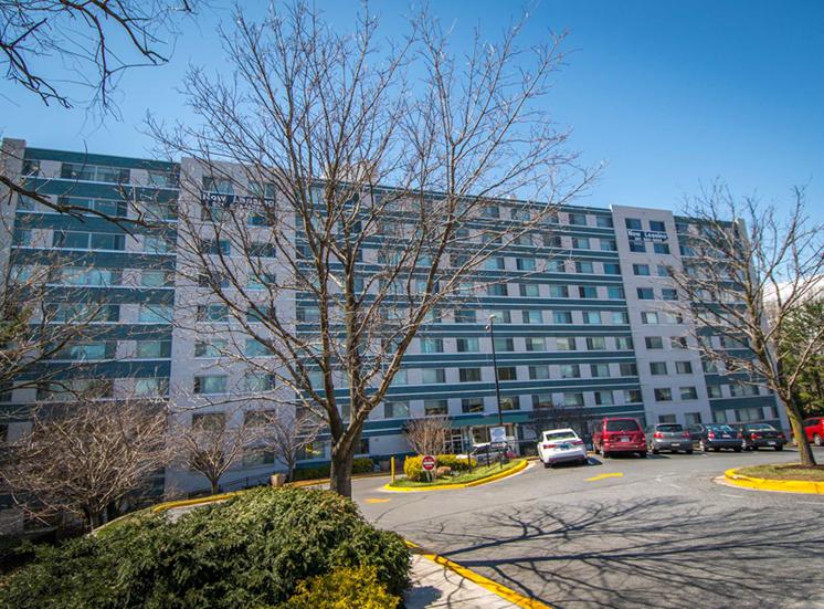 8600 Apartments Building 01