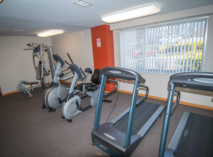 8600 Apartments Fitness Center 03