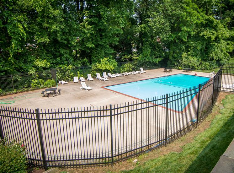 8600 Apartments Pool Enclosure