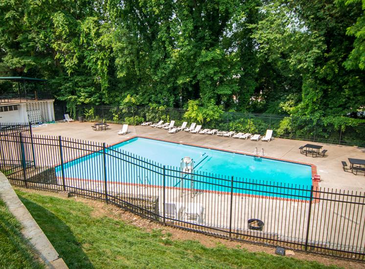 8600 Apartments Pool Enclosure Top