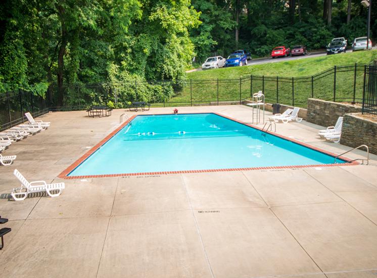 8600 Apartments Pool Far