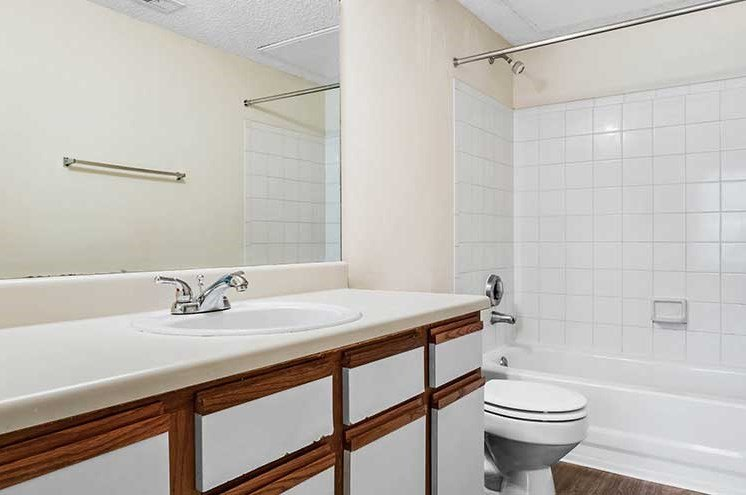 Oval Garden Tub at Newport Colony Apartment Homes, Casselberry, 32707
