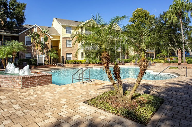 Swimming Pool With Relaxing Sundecks at Newport Colony Apartment Homes, Casselberry, 32707