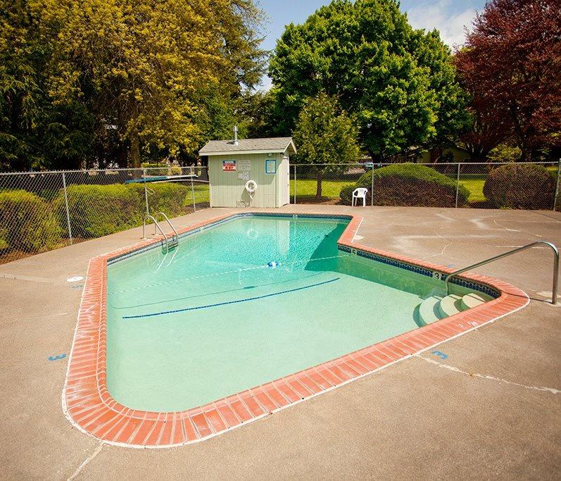 Riviera Village Pool