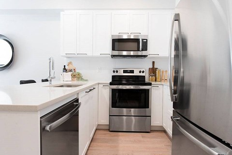 Inlet Glen Apartments in Port Moody, BC kitchen with