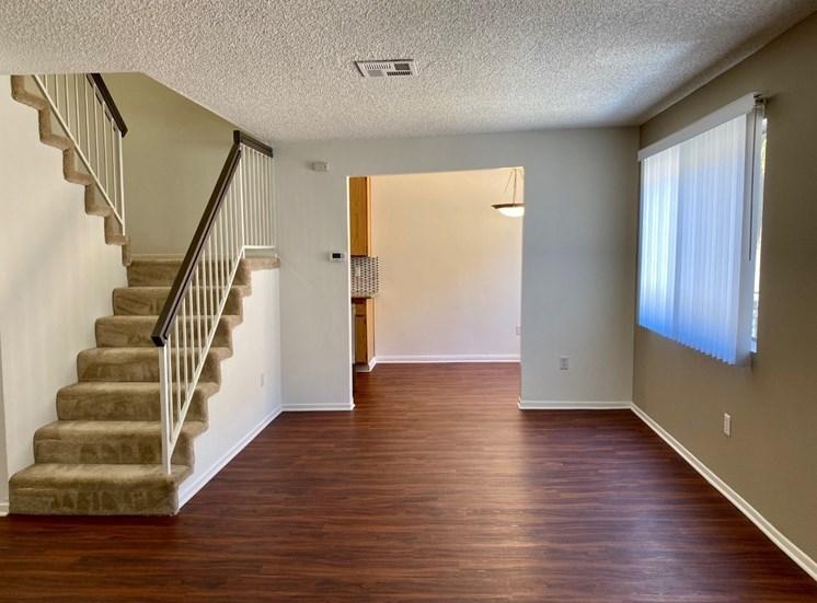 Woodman Place Apartment TH Unit