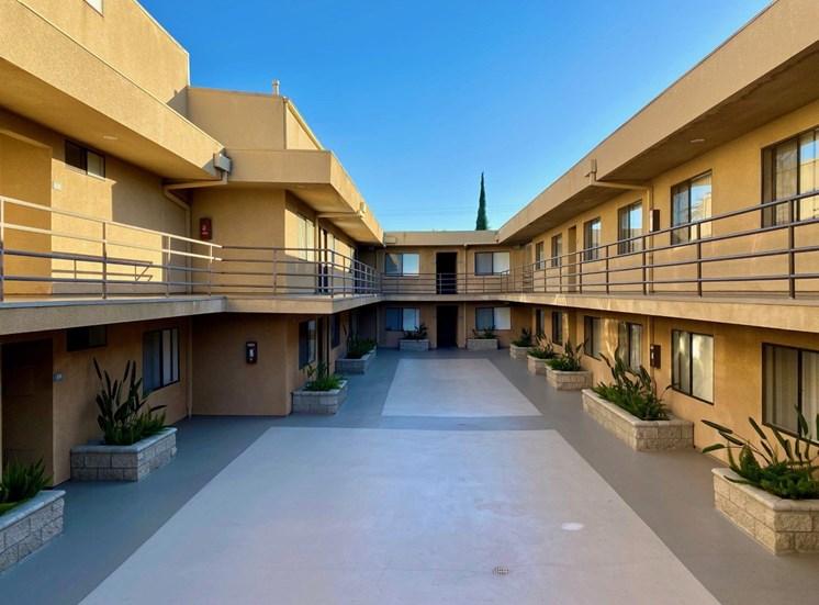 Woodman Place Apartment Courtyard