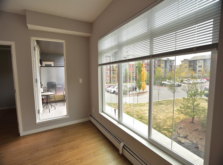 aura residential rental apartments balconies