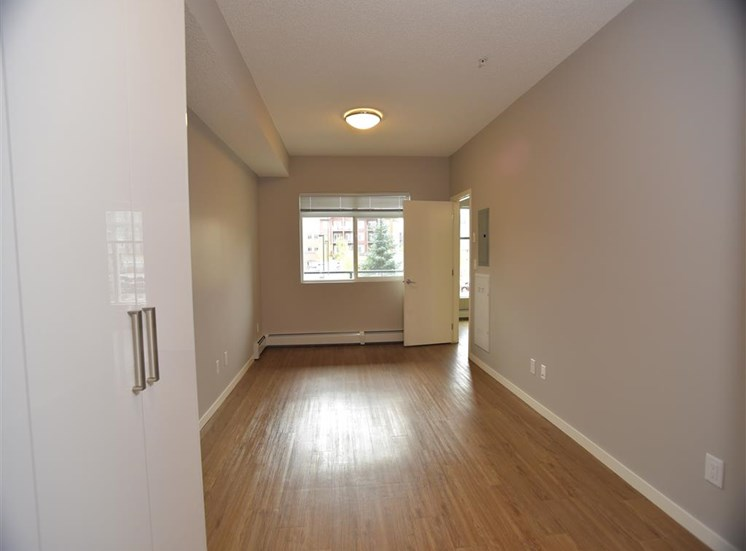aura residential rental apartments large rooms