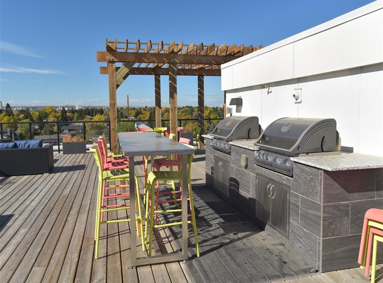 Centro Residential Rental apartments rooftop patio BBQ stations